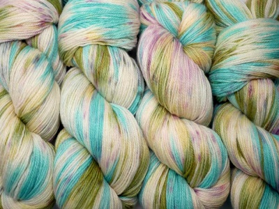 Orphan Skeins: ArtYarns' Merino Cloud #611