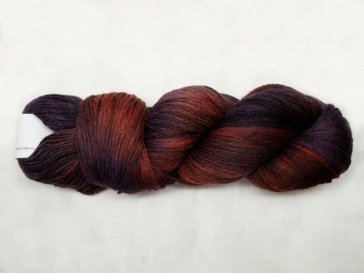 A single Merino Cloud skein.