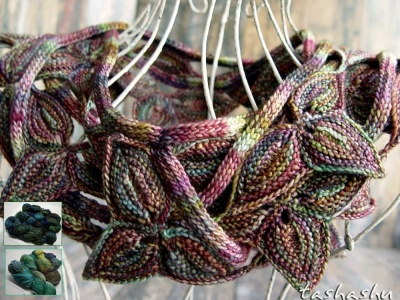 Mechita:Yarn for Knitted Border Leaves -