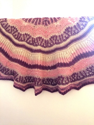 The opposite side of her shawl.