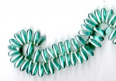 Daggers - 3x10mm - Luster- Teal/ White -