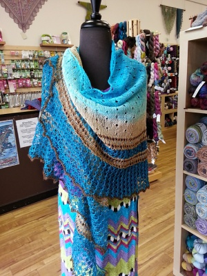 The shawl as knit by MythMouse.