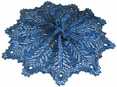 The rest of the photos are of Susanna's original shawl.