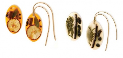Oval Botanical Wax Sachets:  Forest or Spicy Apple