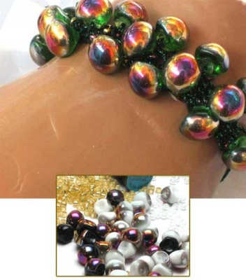 Mushroom Bangle/ Black or White Slipperit - Jewelry Creations