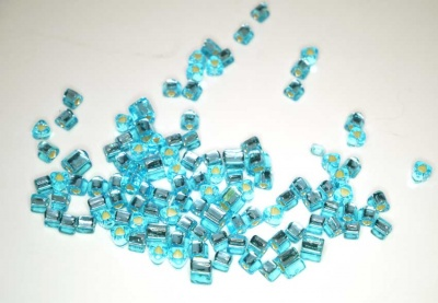 Silver Lined Aquamarine - Toho 5/0 Triangles -