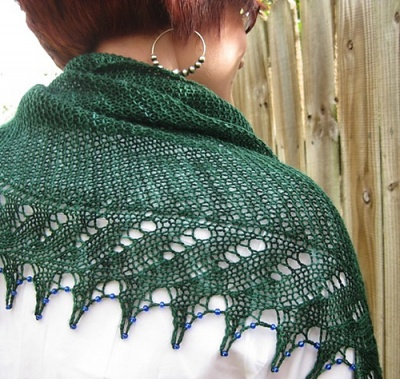 Xylia/ Pattern by Susanna IC/ Bead Option - Shawls/Stoles