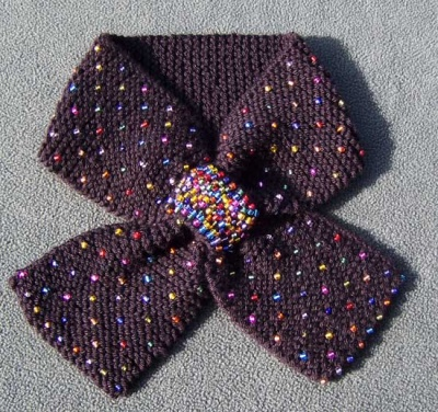 Bejeweled/ Pattern by Catie - Scarves and Cowls