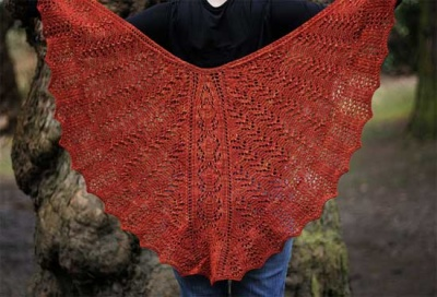 Belle Nuit/ Shawl Pattern by Sivia -