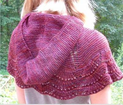 Escallop Hooded Capelet Pattern By Jennifer Dassau Bead Gift