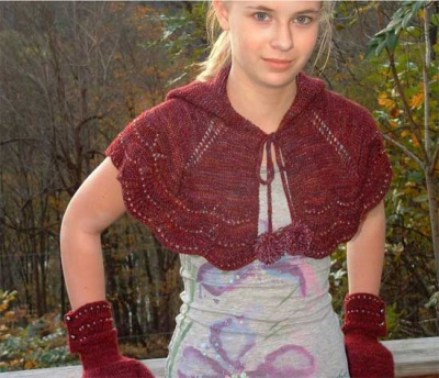 Escallop Hooded Capelet/ Pattern by Jennifer Dassau/ Bead Gift - Shawls/Stoles