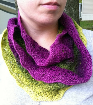 Chou Cowl/ Pattern from Left Side Knits - Scarves and Cowls