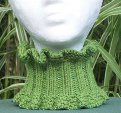 Fluffy Ruffles/ Beaded Neck Warmer Pattern/ by Catie -