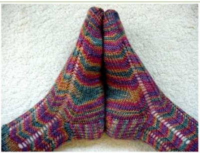 Grandiflora/ Sock Pattern by Fiber Dreams -