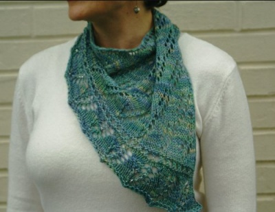 Knotty Scarflet/ Pattern by Sivia - Scarves and Cowls
