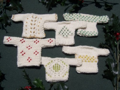 Little Sparklers/ Sweater Ornaments/ Pattern by Catie - Whimseys