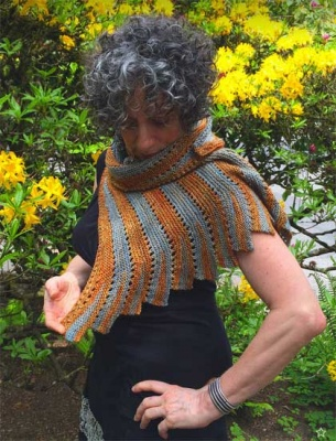 Rainshadow/ Pattern by Sivia Harding - Scarves and Cowls