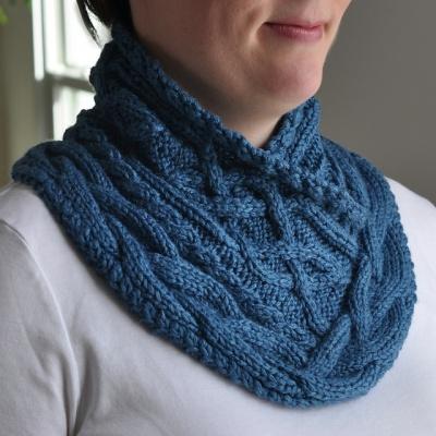 Sandall Cowl Celtic Knit Pattern Earthfaire