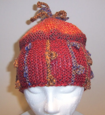Squiggle Hat/ Pattern by Catie -