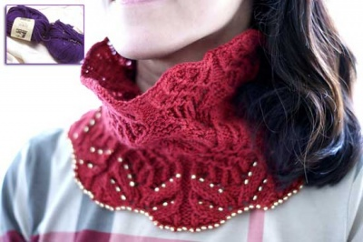 Tenta Cowl/ Beaded Kit in Purple Petunia