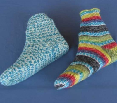 Timberline Toes/ Lucy Neatby Pattern - Socks