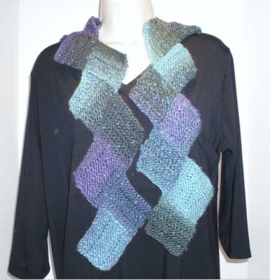 Zig Zag Lace Scarf II/ Pattern by Catie - Scarves and Cowls